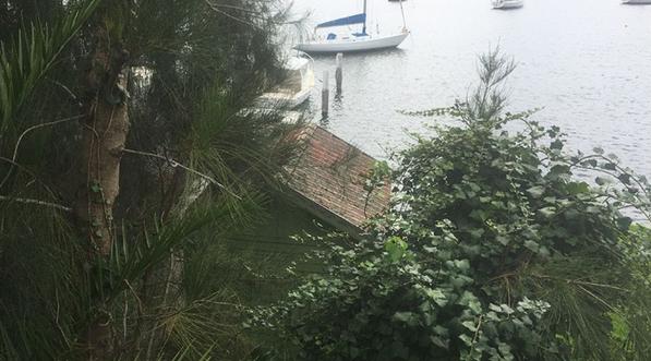 悉尼最便宜滨水物业?船棚报价35万澳元
