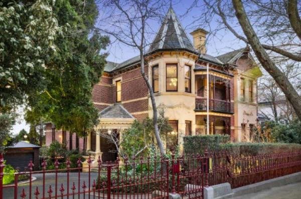 只需$17万就能拥有澳百年豪宅?得知真相的我眼泪掉下来…