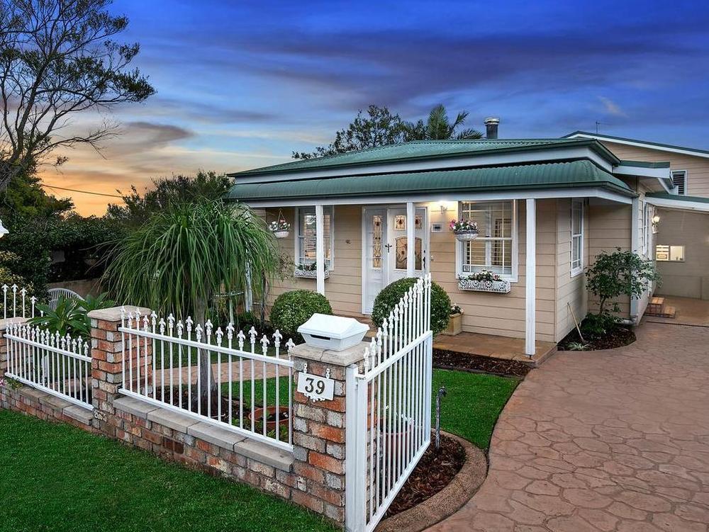 悉尼夫妇旁观房产拍卖 结果意外成买家