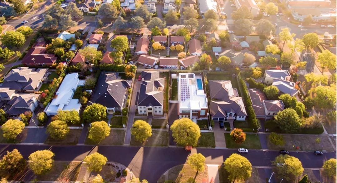 黄金海岸业主出售房产时比一年前获利更多!